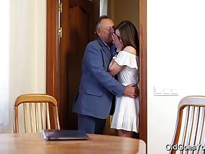 Old Goes Young - Teen Carol seduced by a man three times her age