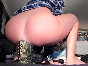 Siswet Budding Her AssHole With the Dragon ***Live On Camgangster.com